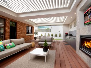 Creative-Outdoors-Pavilion-with-Louvres-in-Unley-1