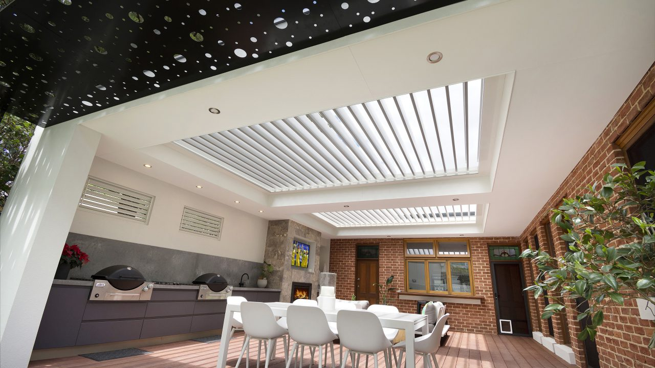Creative-Outdoors-Pavilion-with-Louvres-in-Unley-3