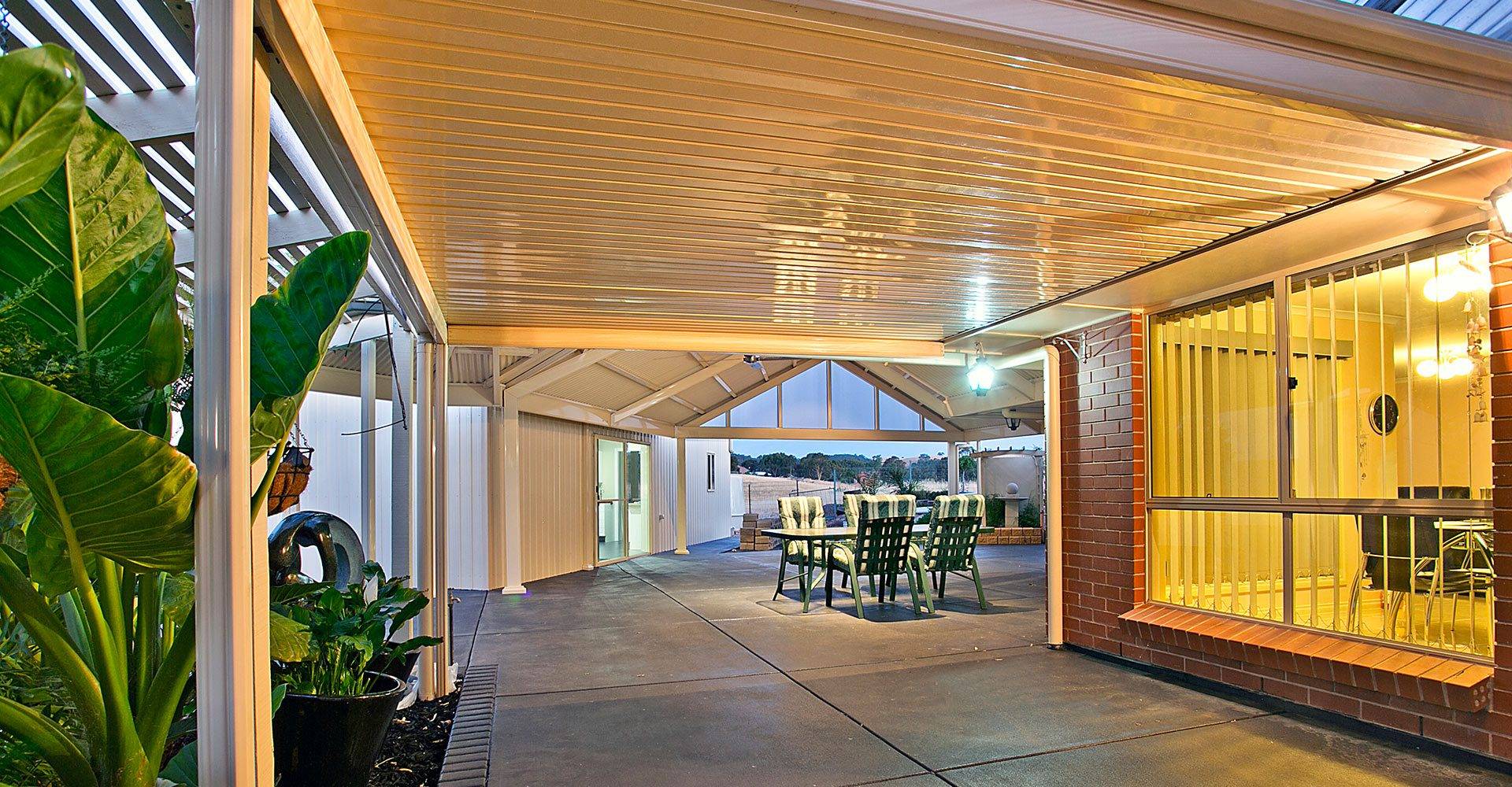 Flat Roof Pergola built by Creative Outdoors in Williamstown1