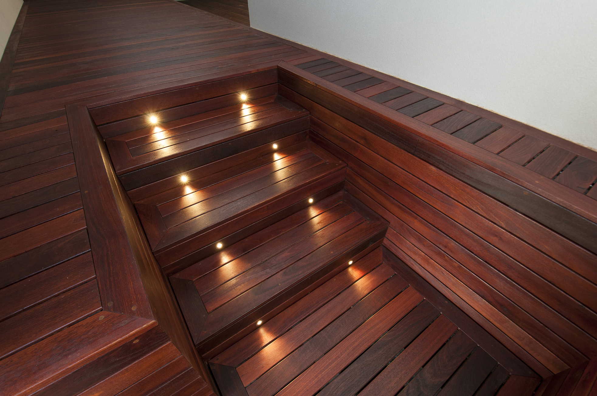 Jarrah-Decking-in-Gulfview-Heights-by-Creative-Outdoors-2_1000