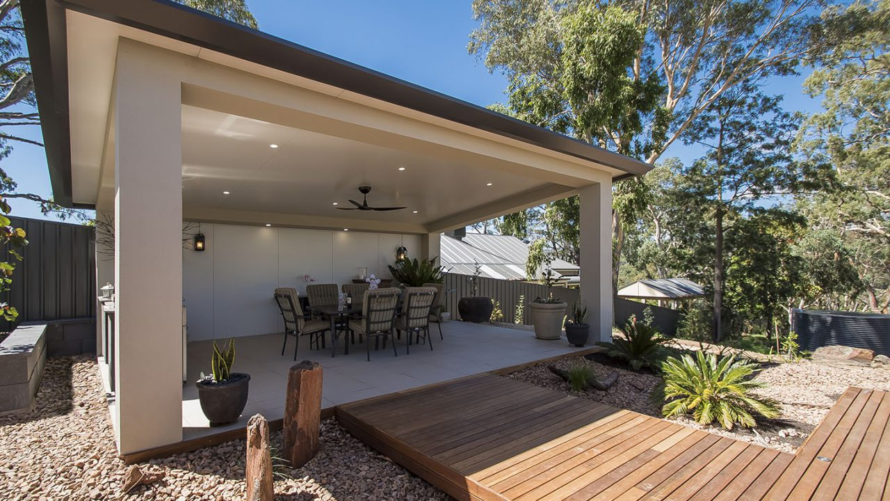 Creative-Outdoors-Skillion-Pavilion-with-Insulated-Roof-in-Blackwood-2