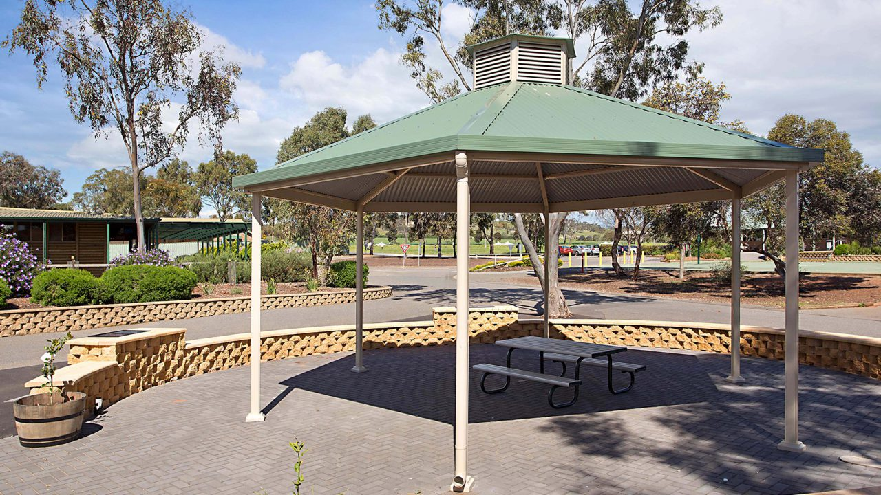 Trinity-College-Gazebo-built-by-Creative-Outdoors-1