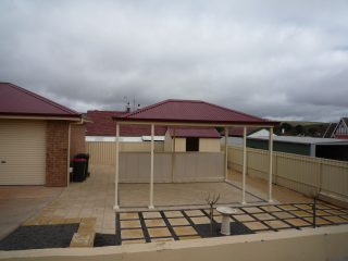 Creative-Outdoors-Single-Gable-Carport-with-Hip-Ends-scaled