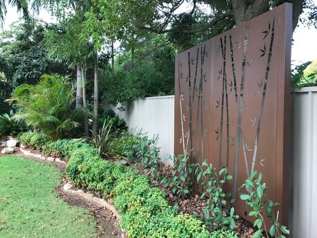Creative-Outdoors-Laser-Cut-Screen-in-Render-Wall-2_1000